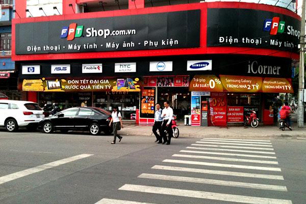 cửa hàng phụ kiện điện thoại FPT shop Cần Thơ