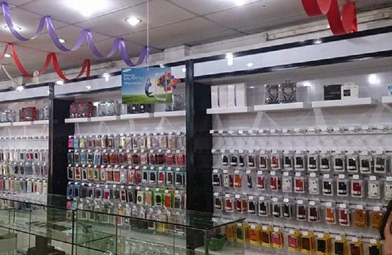 mẫu thiết kế cửa hàng bán phụ kiện điện thoại